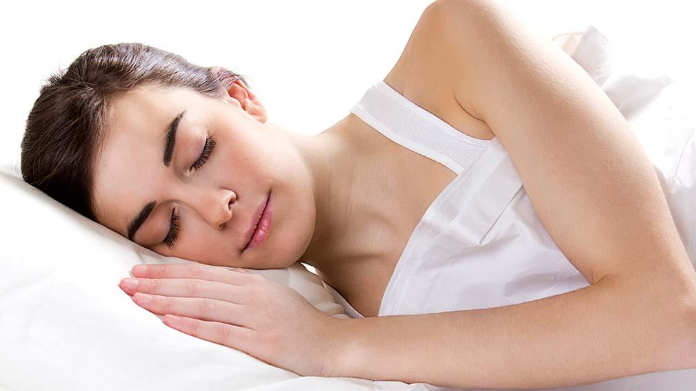 Ortoqueratología nocturna. Beneficios y riesgos.