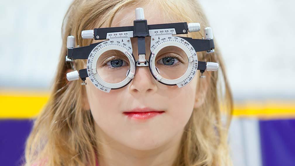 Revisión optométrica anual infantil